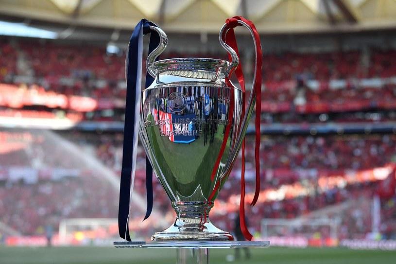 Puchar dla zwycięzcy Ligi Mistrzów /AFP