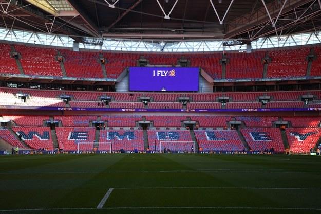 Puchar Ligi w Anglii w kwietniu z kibicami na trybunach / NEIL HALL /PAP/EPA