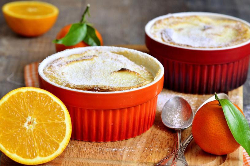 Pudding z sokiem pomarańczowym /123RF/PICSEL