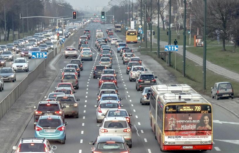 Puławska to jedna z najważniejszych arterii łączących centrum z południową częścią Warszawy i Piasecznem /Darek Nowak /Reporter