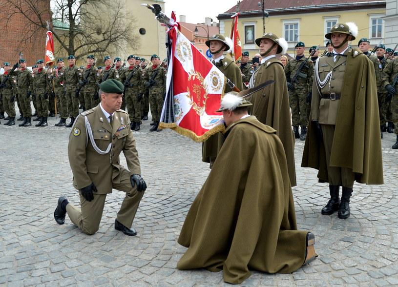 Pułkownik Ryszard Pietras nowym dowódcą 21. Brygady Strzelców Podhalańskich. /Darek Delmanowicz /PAP