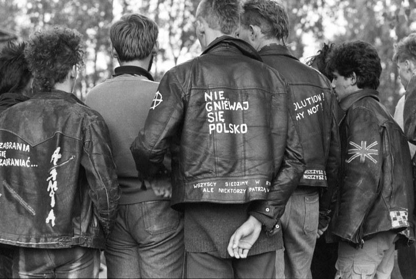Punkowa ekipa na Jarocinie '86 /Krzysztof Wójcik /Agencja FORUM