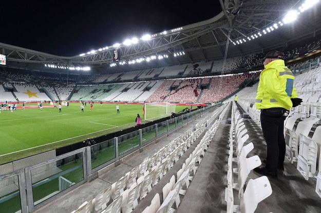 Puste trybuny w czasie meczu Serie A: Juventus Turyn vs Inter Mediolan, 8 marca 2020 /ALESSANDRO DI MARCO  /PAP/EPA
