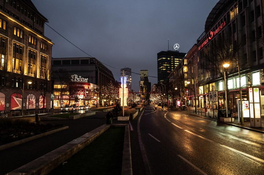 Puste ulice Berlina w czasie lockdownu /FILIP SINGER /PAP/EPA
