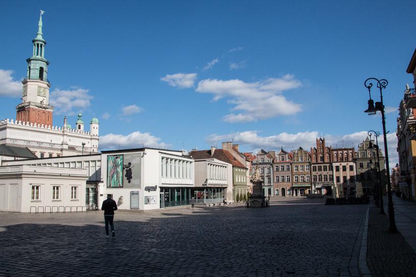 Puste ulice w Poznaniu /Tomasz Kuczyński/Forum /Agencja FORUM