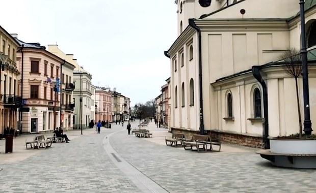 Pustki zamiast tłumów. Tak wyglądają popularne miejsca w największych polskich miastach