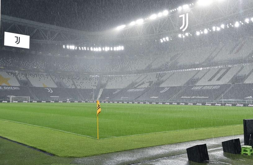 Pusty Allianz Stadium /PAP/EPA
