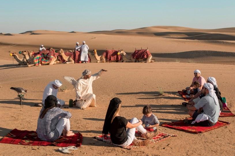 Pustynne safari to jedna z najpopularniejszych atrakcji wśród odwiedzających Dubaj /materiały prasowe
