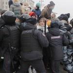 """""""Putin won!"""". Protesty Rosjan przeciwko zatrzymaniu Nawalnego"""