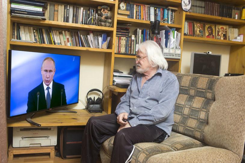 Putin wpycha Rosjan w biedę - uważają komentatorzy /123RF/PICSEL