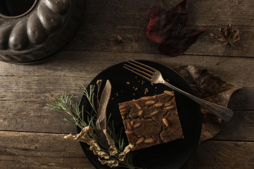 pyszne ciasto orzechowe /© Photogenica