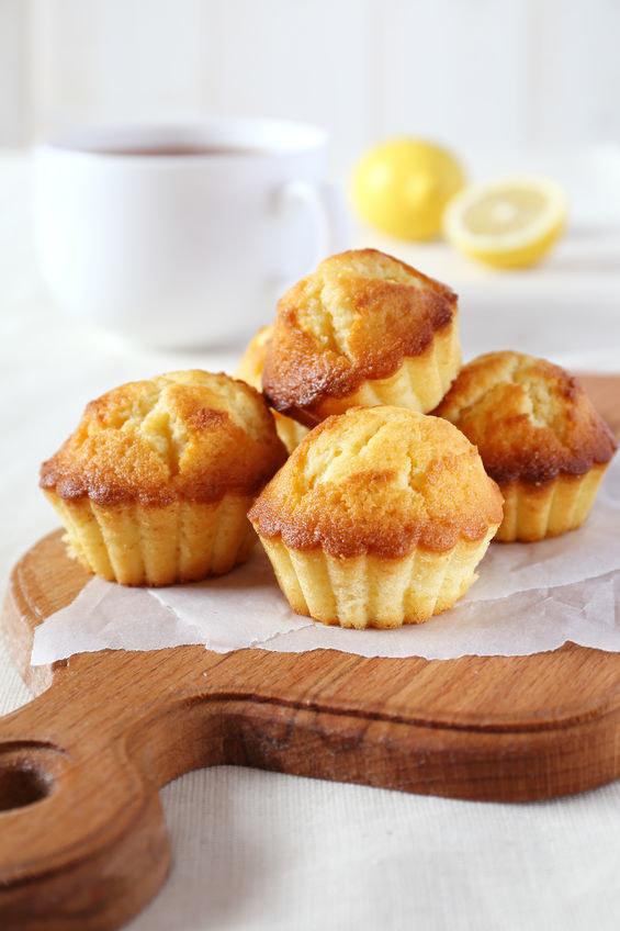 Pyszne, cytrynowe muffinki gotowe w 40 minut! /123RF/PICSEL