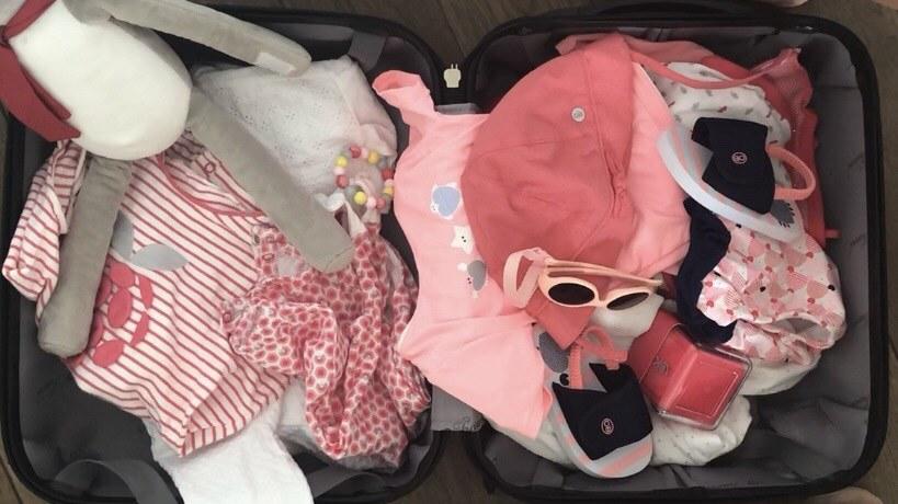 Pytamy eksperta, co powinniśmy zabrać jadąc z maluchem na wakacje /Ciekawa Mama /