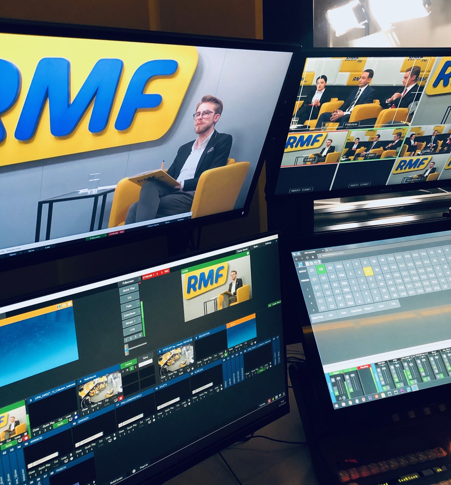 Pytania od ekspertów przedstawiał gościom dziennikarz RMF FM Patryk Michalski /Karolina Bereza /RMF FM