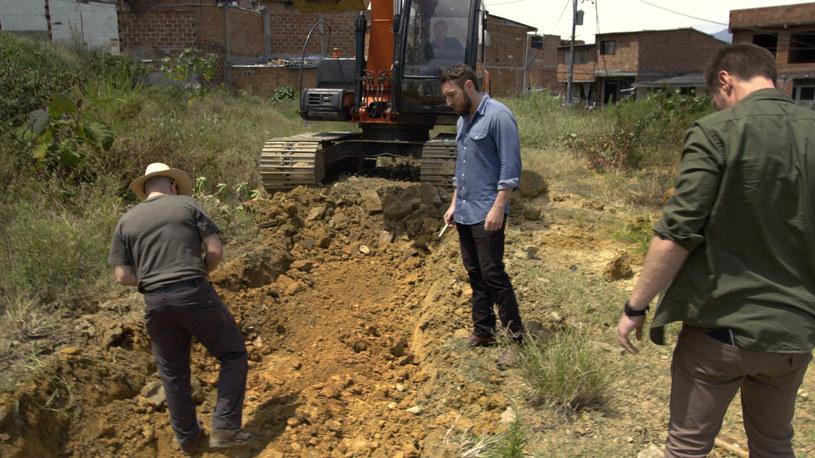 Pzeczesywanie terenu w poszukiwaniu ukrytych milionów Escobara /materiały prasowe