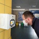 QuickTemp sprawdzi temperaturę ciała przed wejściem do budynku