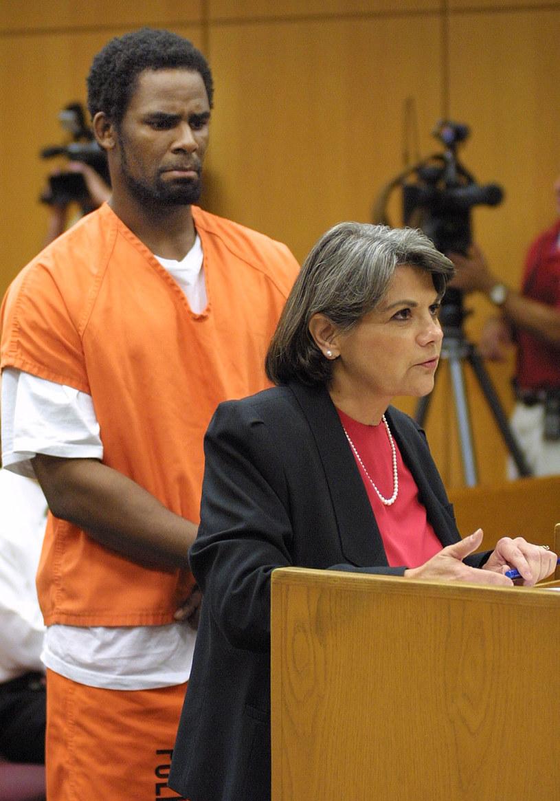 R. Kelly w sądzie w 2002 roku /George McGinn /Getty Images