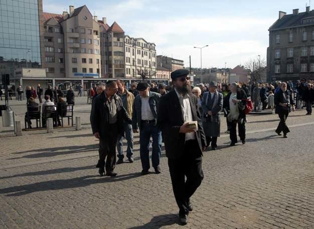 Rabin Boaz Pash podczas marszu w 68 rocznice likwidacji Krakowskiego Getta fot. M. Lasyk /East News