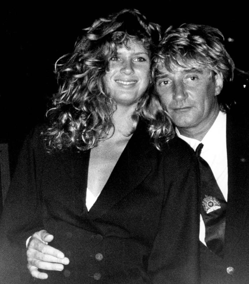 Rachel Hunter i Rod Stewart w 1990 r. /AP/Fotolink