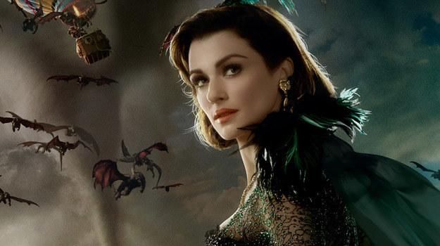 """Rachel Weisz na plakacie filmu """"Oz Wielki i Potężny"""" /materiały prasowe"""