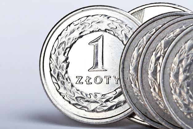 Rachityczne oprocentowanie lokat zachęca do inwestowania w nieruchomości /©123RF/PICSEL