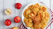 Racuszki z jabłkiem na jogurcie greckim