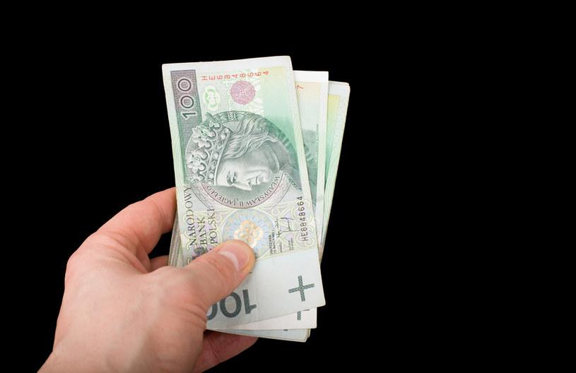 Rada Ministrów przyjęła propozycję dotyczącą minimalnego wynagrodzenia za pracę w 2022 r. /123RF/PICSEL