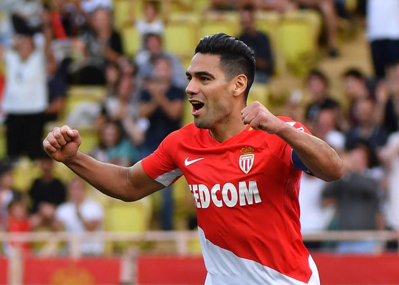 Radamel Falcao strzelił dwa gole w meczu z Racingiem Straburg /AFP