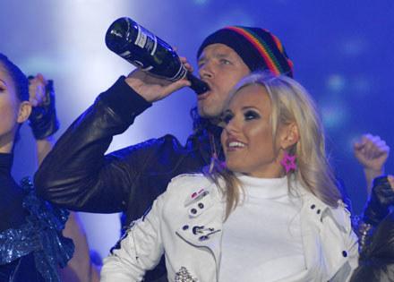 Radek-sportowiec z byłą żoną Dodą /MWMedia