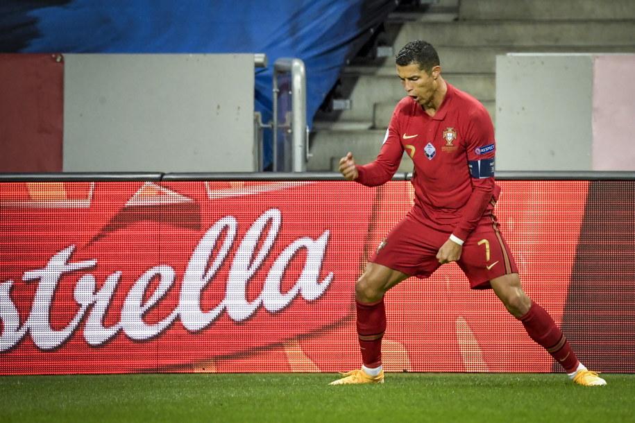 Radość Cristiano Ronaldo po golu zdobytym w meczu ze Szwecją /Janerik Henriksson/TT /PAP/EPA