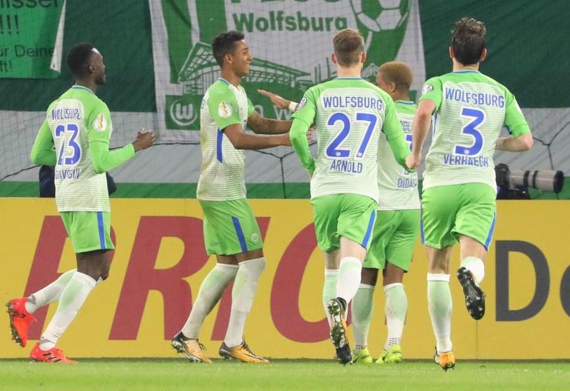 Radość graczy Wolfsburga /PAP