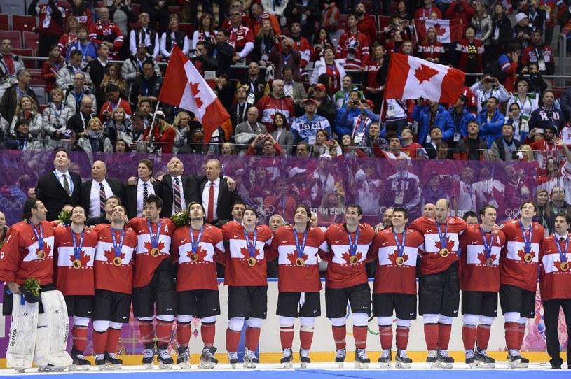 Radość hokeistów Kanady podczas igrzysk w Soczi /AFP