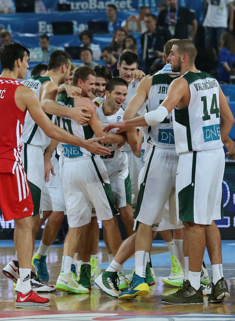 Radość koszykarzy Litwy /PAP/EPA