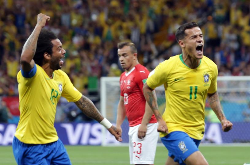 Radość Marcelo i Coutinho po zdobytej bramce /PAP/EPA