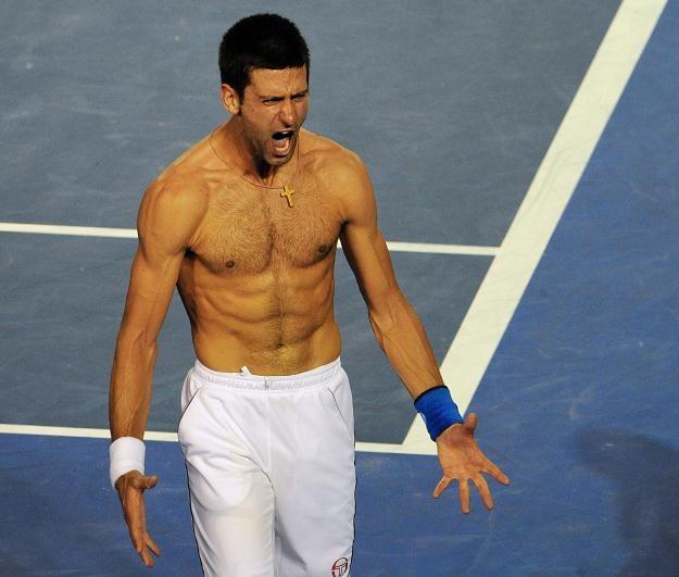 Radość Novaka Djokovicia po zwycięstwie w wycieńczającym finale Australian Open /AFP