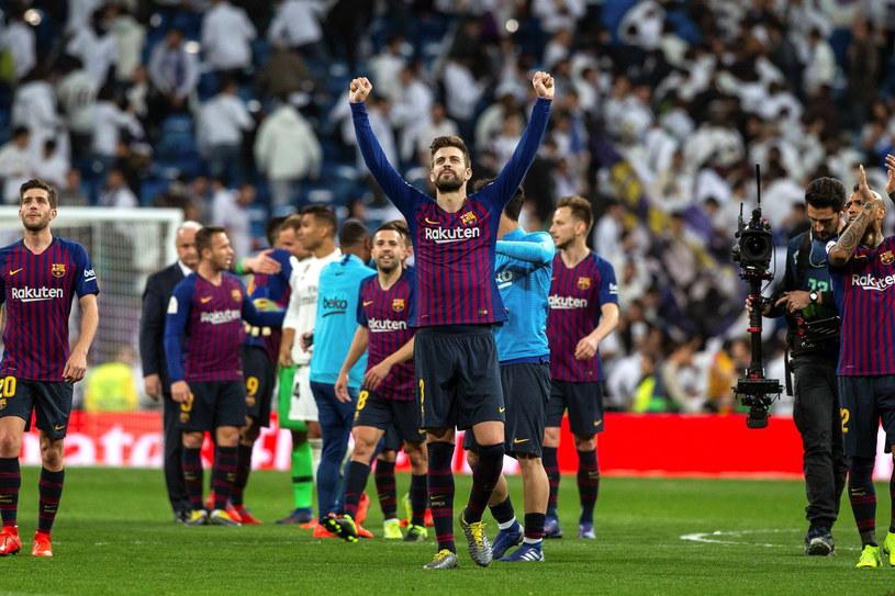 Radość piłkarzy Barcelony /KIKO HUESCA /PAP/EPA