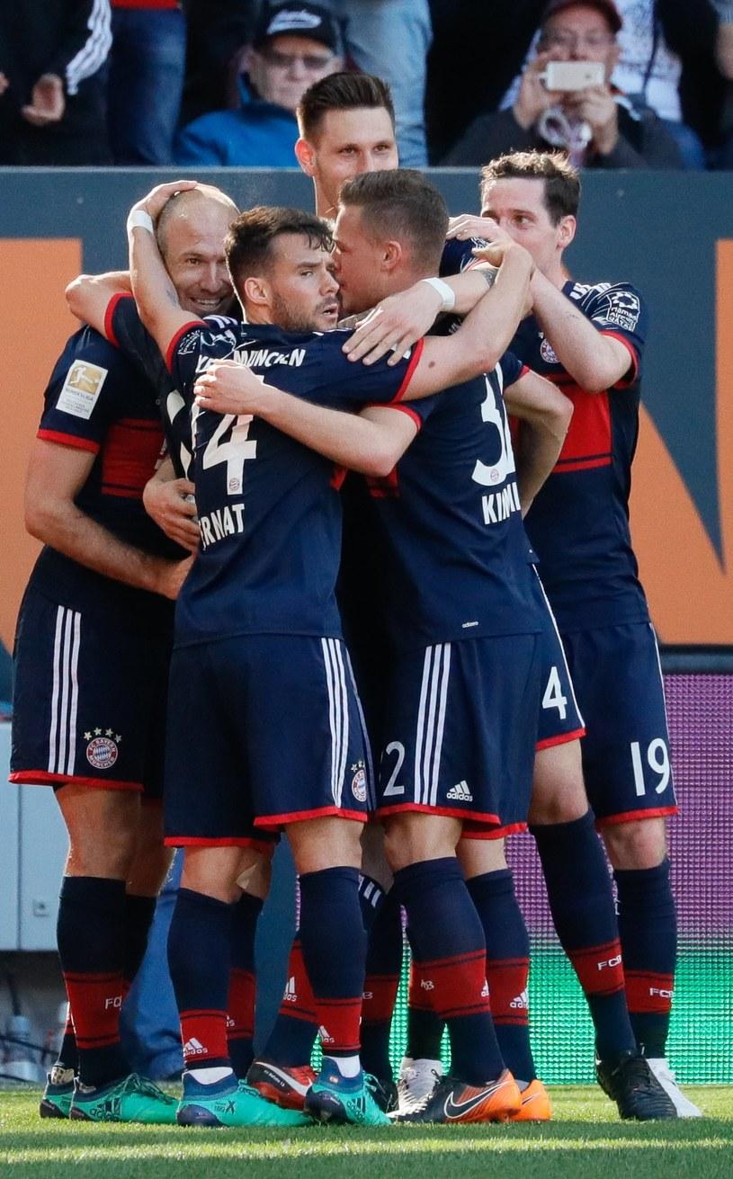 Radość piłkarzy Bayernu /PAP/EPA