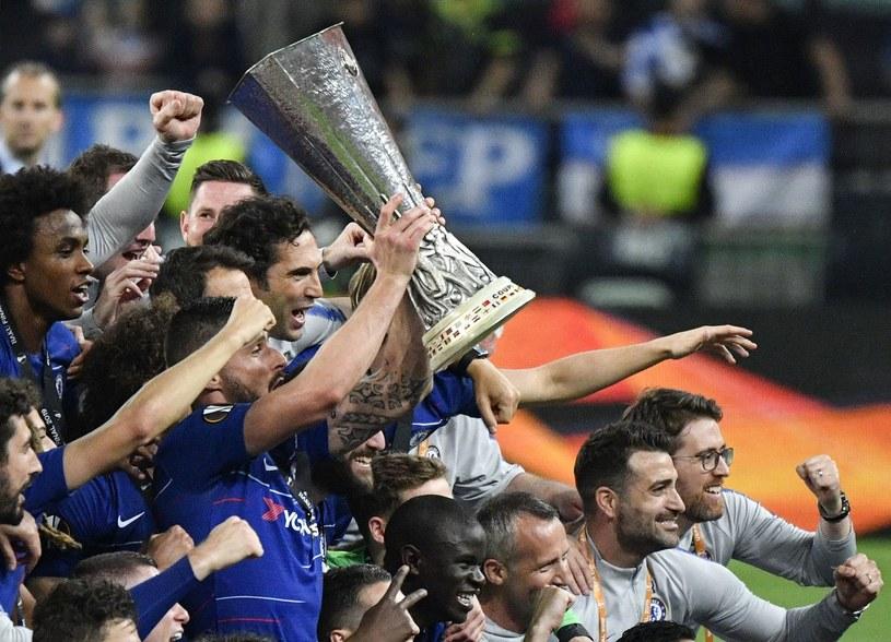Radość piłkarzy Chelsea Londyn po triumfie w Lidze Europy /AFP