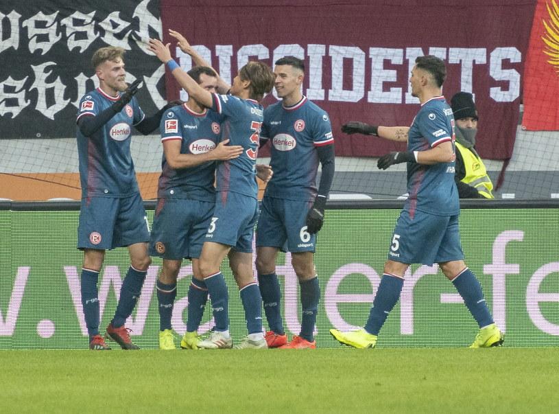 Radość piłkarzy Fortuny Duesseldorf /LUKAS BARTH-TUTTAS /PAP/EPA