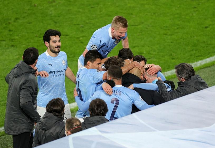 Radość piłkarzy Manchesteru City po zdobyciu zwycięskiej bramki /PAP