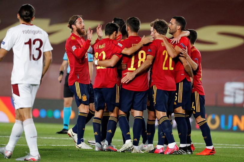 Radość piłkarzy reprezentacji Hiszpanii /PAP/EPA