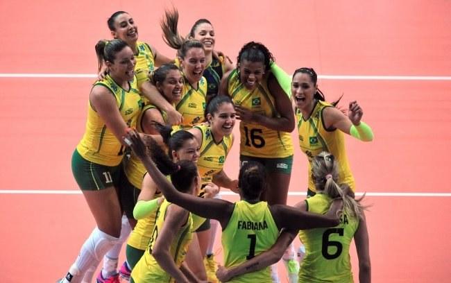 Radość siatkarek Brazylii /PAP/EPA