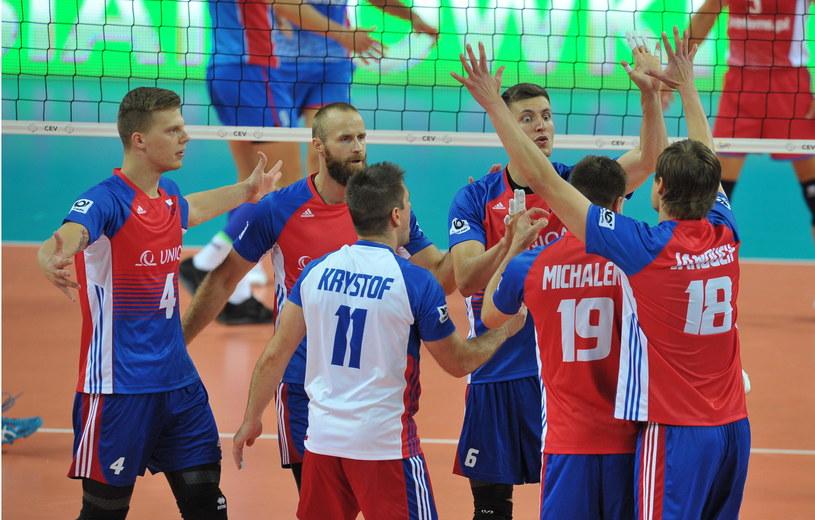 Radość siatkarzy reprezentacji Czech podczas meczu grupy B mistrzostw Europy siatkarzy przeciwko drużynie Słowacji /Marcin Bielecki /PAP