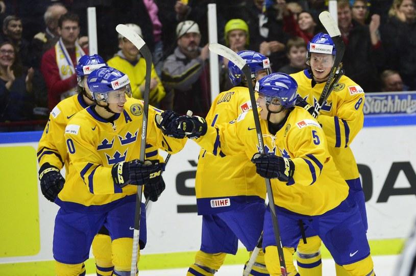 Radość Szwedów podczas meczu z Finlandią /PAP/EPA