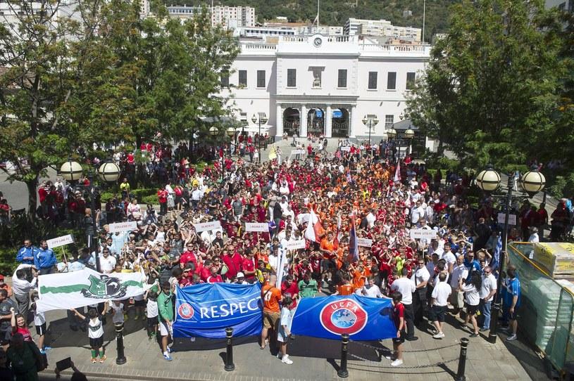 Radość w Gibraltarze z przyjęcia do UEFA /AFP