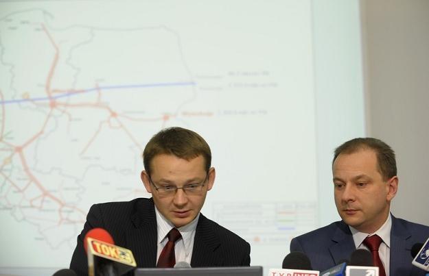 Radoslaw Dudzinski (L), wiceprezes PGNiG i Michal Szubski, prezes spółki. Fot Witold Rozbicki /Reporter