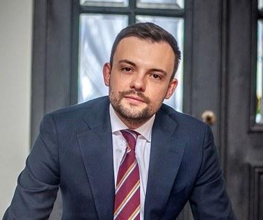 Radosław Sierpiński, p.o. prezesa ABM: Badań zmutowanego wirusa nie robi się z dnia na dzień