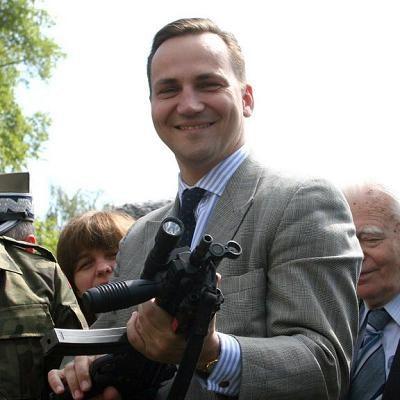 Radosław Sikorski, minister spraw zagranicznych. Fot. MICHAŁ NIWICZ /Agencja SE/East News