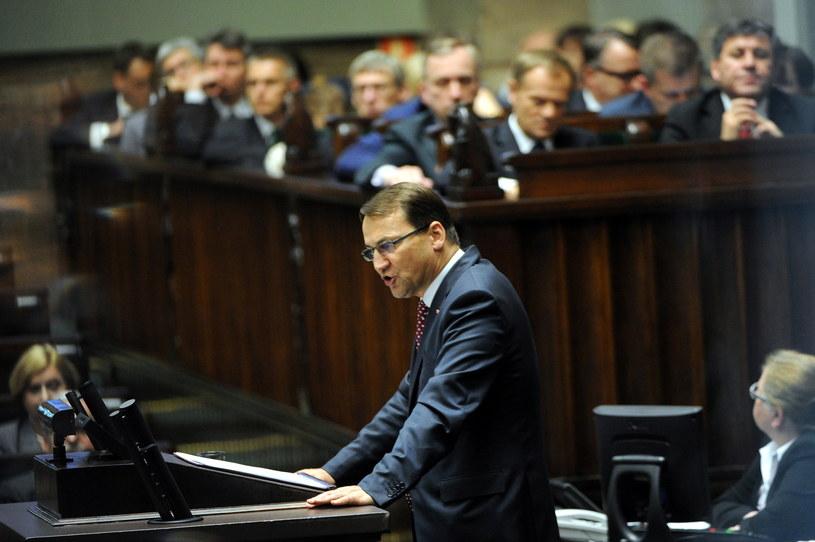 Radosław Sikorski podczas wystąpienia w Sejmie /Grzegorz Jakubowski /PAP