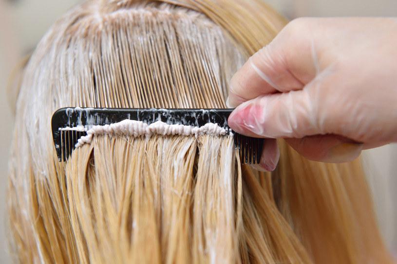 Radzimy, jak wzmocnić włosy przed koloryzacją oraz już po zabiegu /123RF/PICSEL